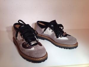 Ammann - Wildleder-Schuh mit Kuhfelleinsatz - grau